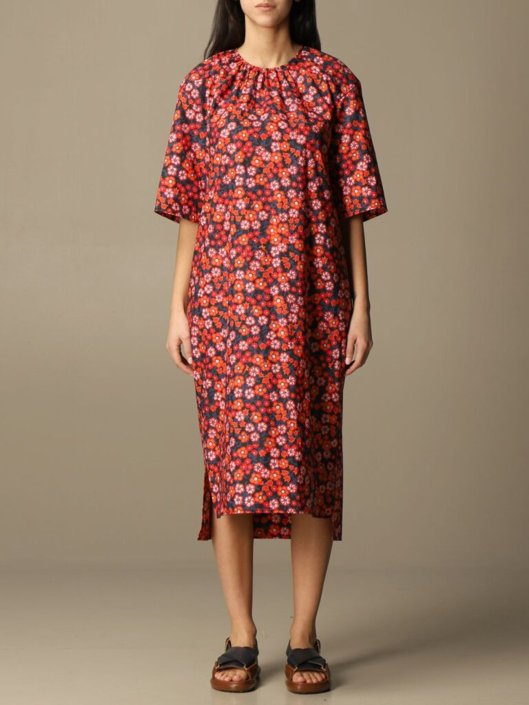 fotografia per e-commerce per abbigliamento realizzata in Sala pose